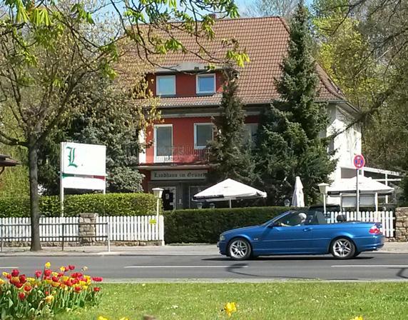 willkommen landhaus im gr nen pension in berlin waidmannslust. Black Bedroom Furniture Sets. Home Design Ideas